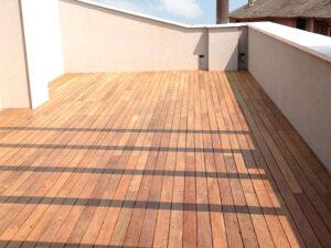 plateatico terrazzo con pavimentazione da esterno in legno